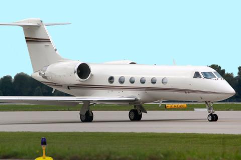 Gulfstream G-IV / 450