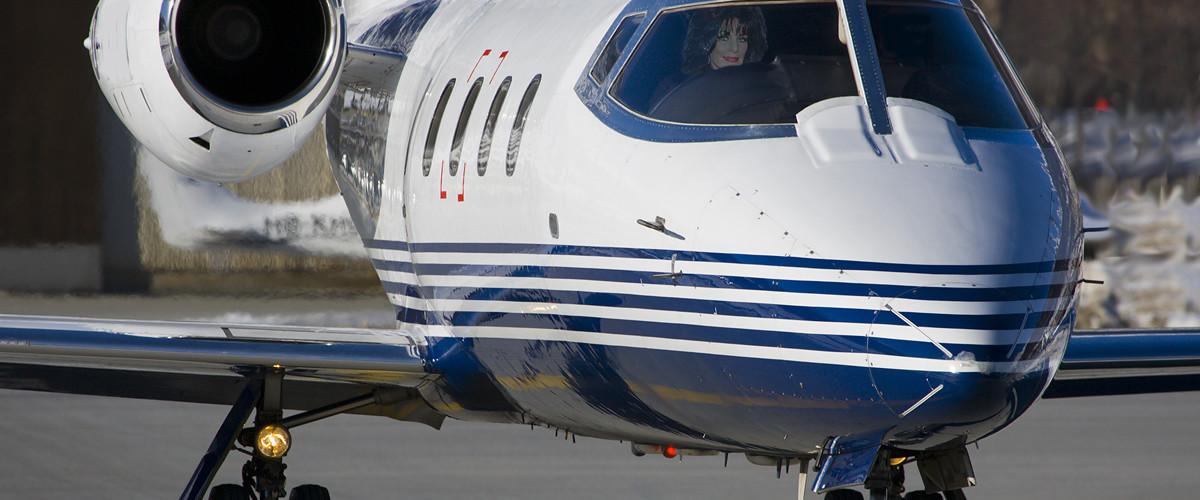 Charter a Lear-55