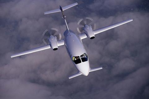 Piaggio Aero P-180